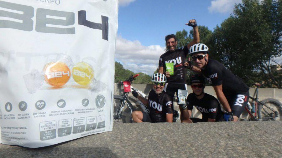 Foto de grupo con los Caramelos BE4